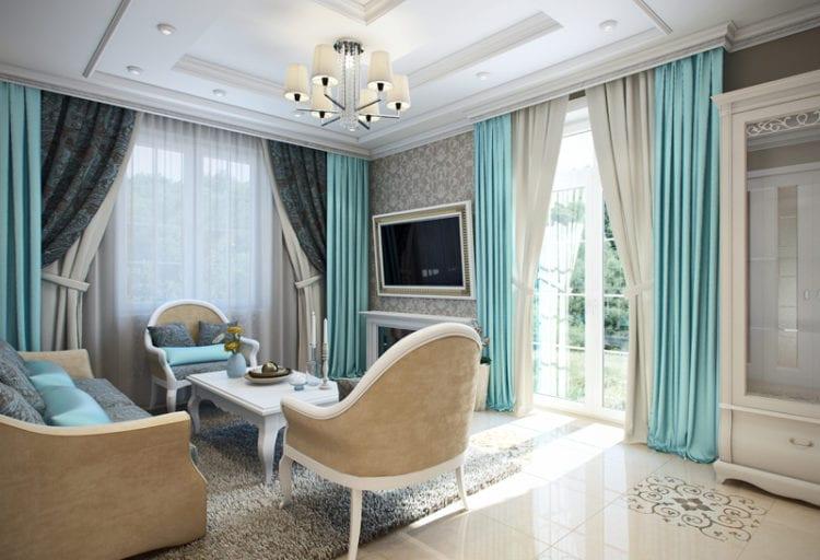 Интересная интерпретация неоклассики в интерьере гостиной