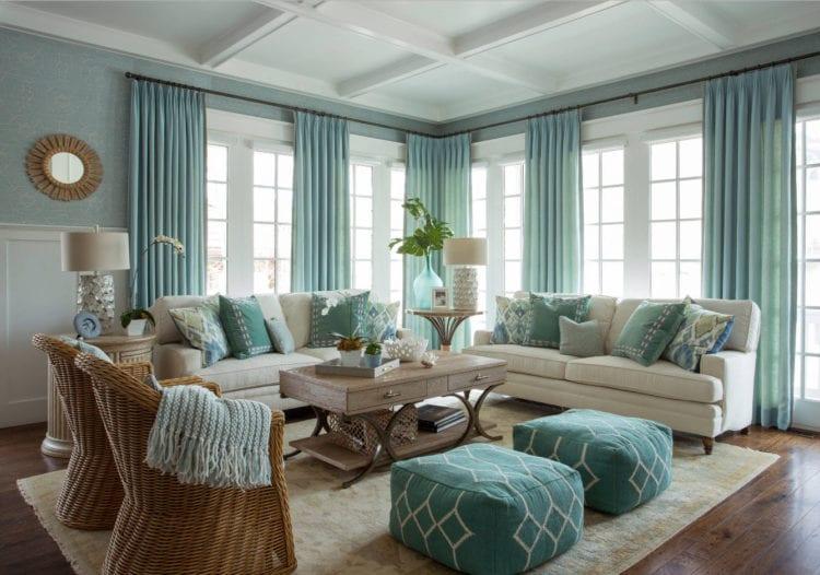 Голубые шторы в гостиную