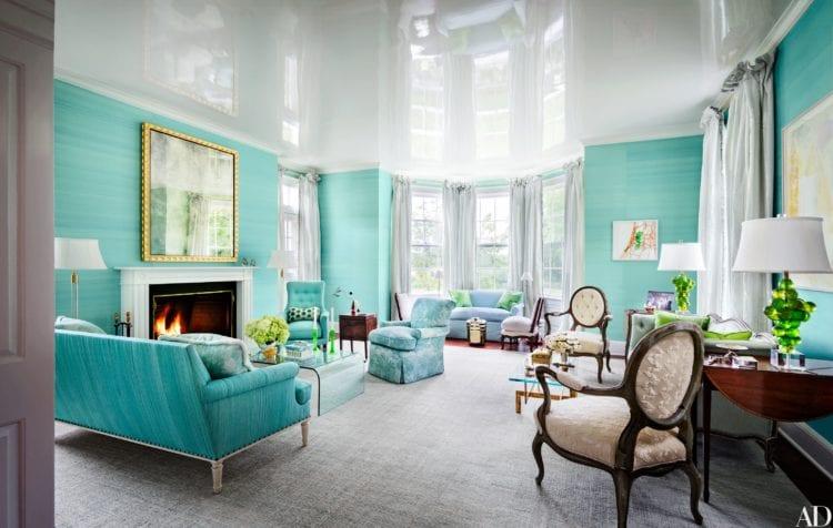 Бирюзово-белая гостиная