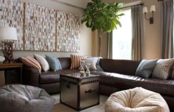 Коричневый диван – классическое благородное решение для стильного интерьера гостиной