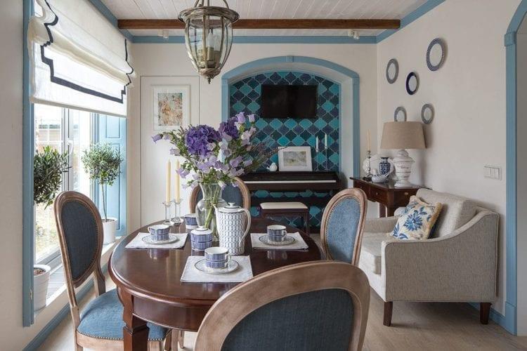 Гостиная в средиземноморском стиле – солнечный интерьер с романтичным характером