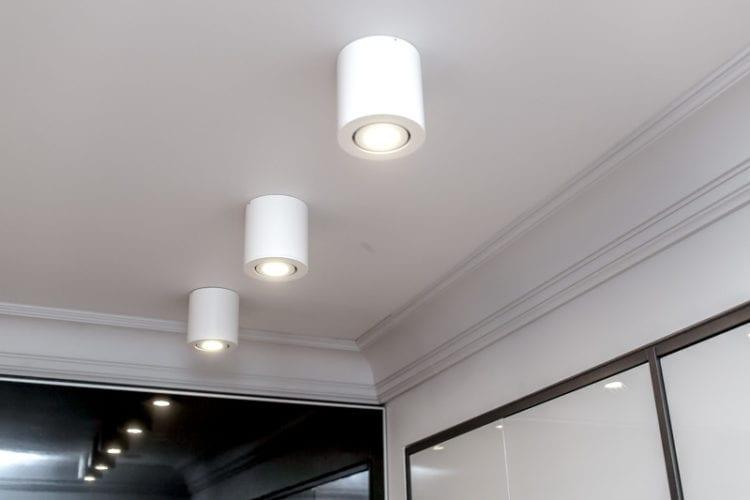 Накладные светильники на натяжной потолок