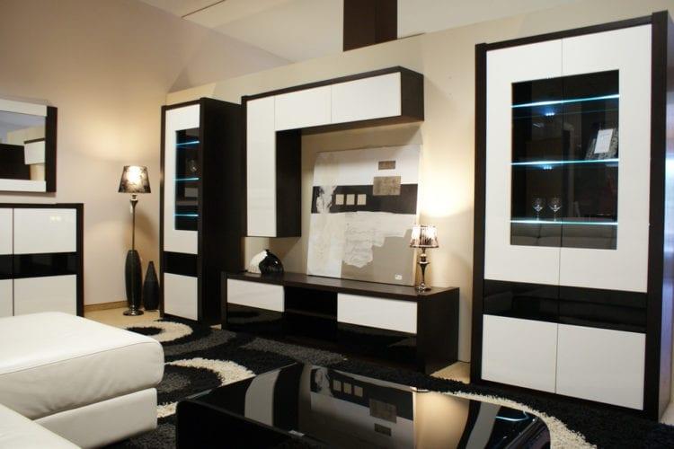 Черно-белая стенка в гостиную