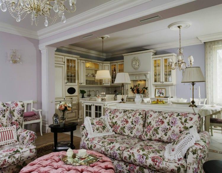 Изящный интерьер столовой в стиле прованс