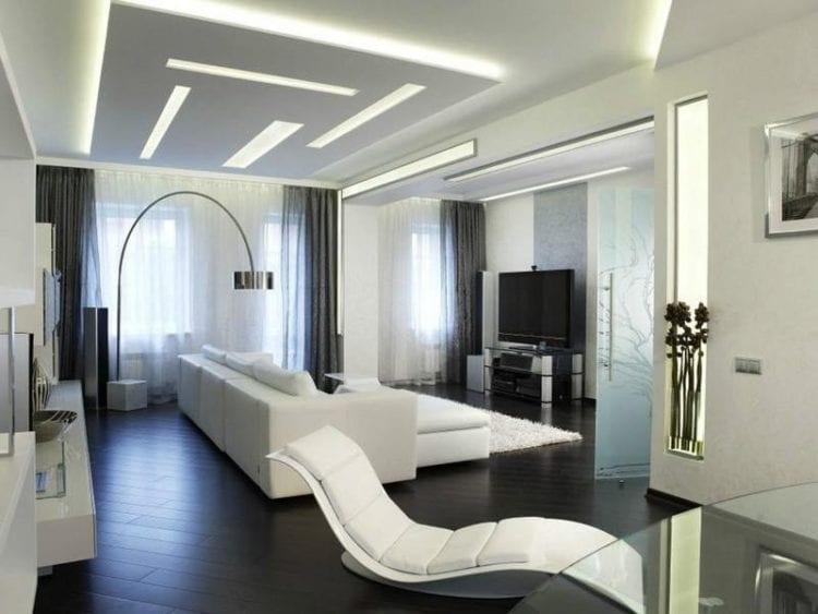 Дизайн светлой гостиной хай-тек