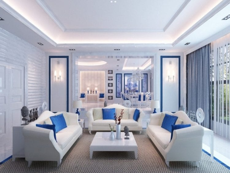 Классический дуэт в сине-белой гостиной