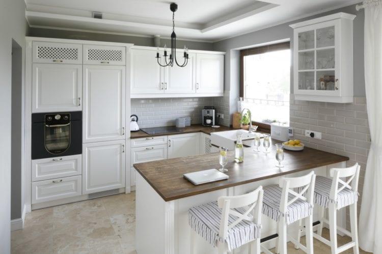Кухня-гостиная с островом