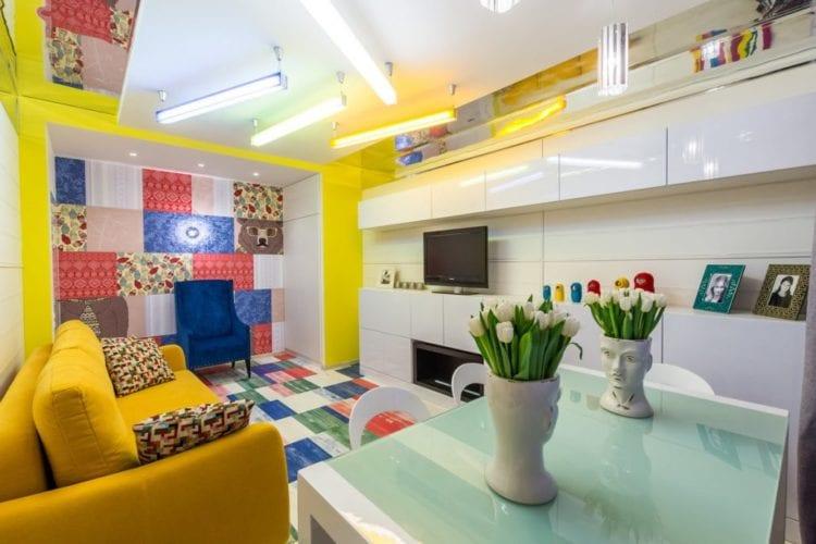 Кухня-гостиная 12 кв. м. Поп арт