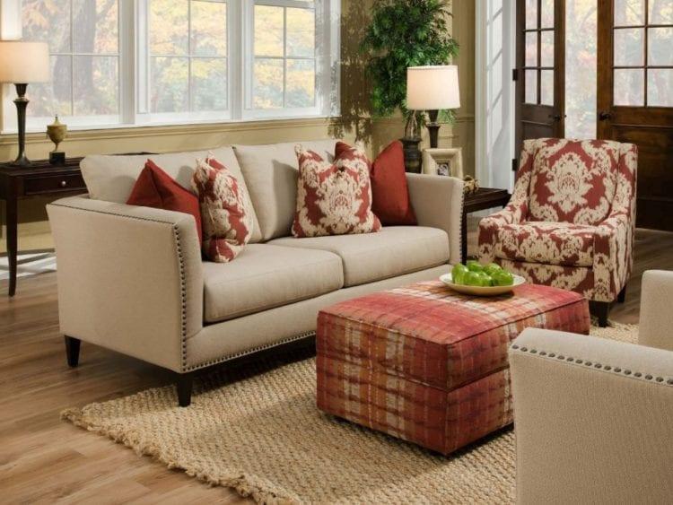 Оптимальные сочетания бежевого дивана с интерьером