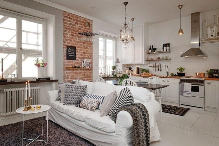 Белая кухня-гостиная в скандинавском стиле