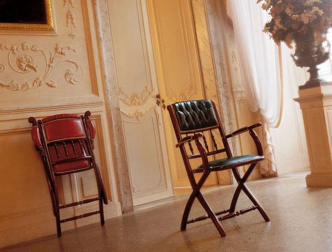 Складные стулья для гостиной