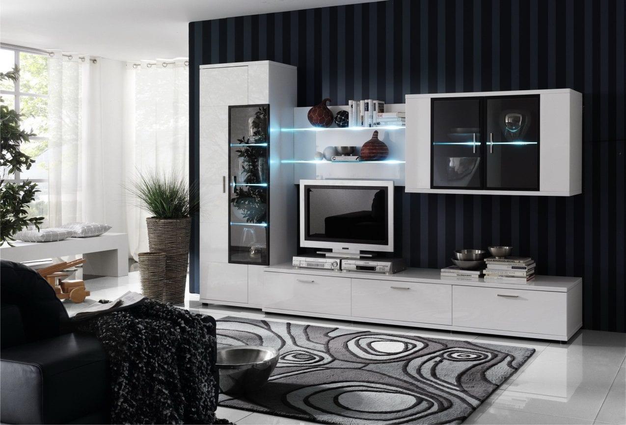 Горки в гостиную в современном стиле: нюансы выбора стильной модели и ее размещение в интерьере