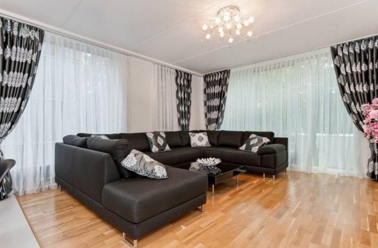 Черно-белые шторы в гостиную
