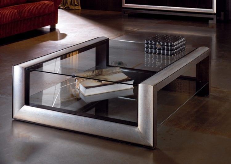 Журнальный столик для гостиной