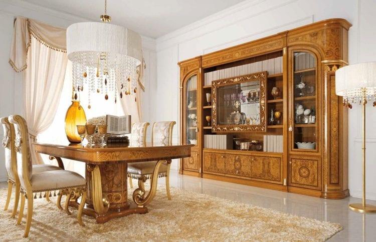 На фото – классическая итальянская мебель в гостиной