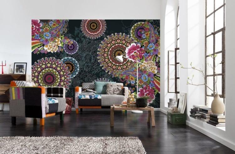 Яркие фотообои для стен с орнаментами
