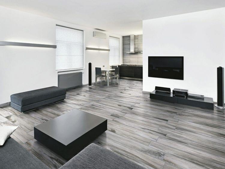 Серый пол в интерьере гостиной
