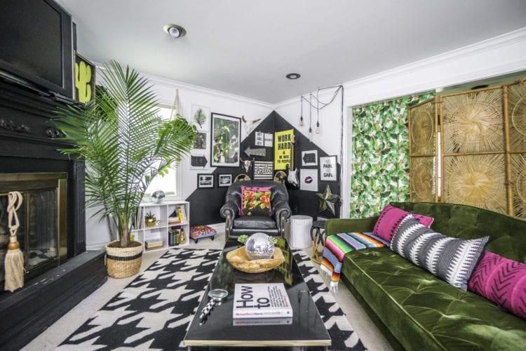 Дизайн гостиной в 18 кв. м с эклектичной обстановкой