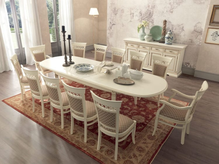 Столы и стулья для гостиной