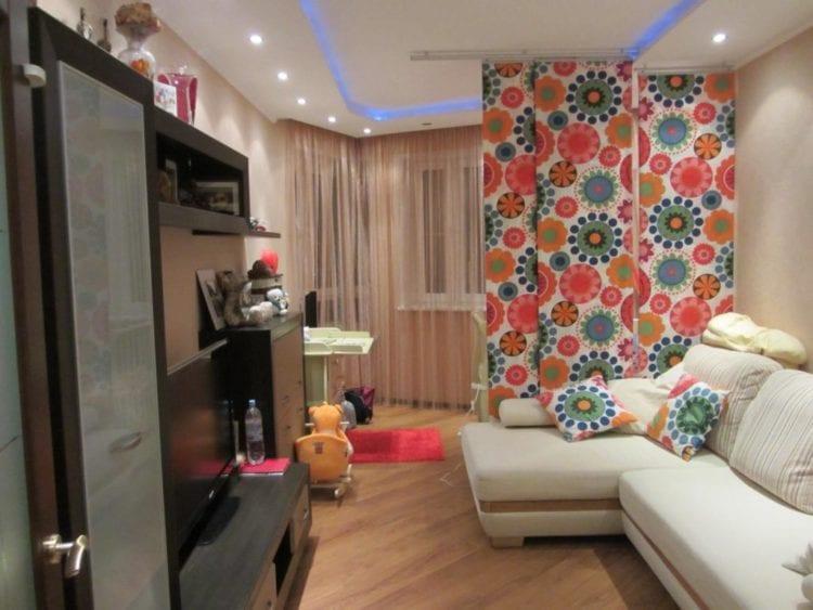 Дизайн гостиной, совмещенной с детской