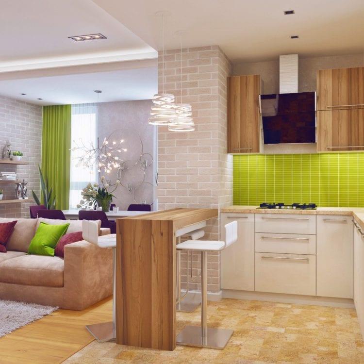 Кухня с барной стойкой, совмещенная с гостиной