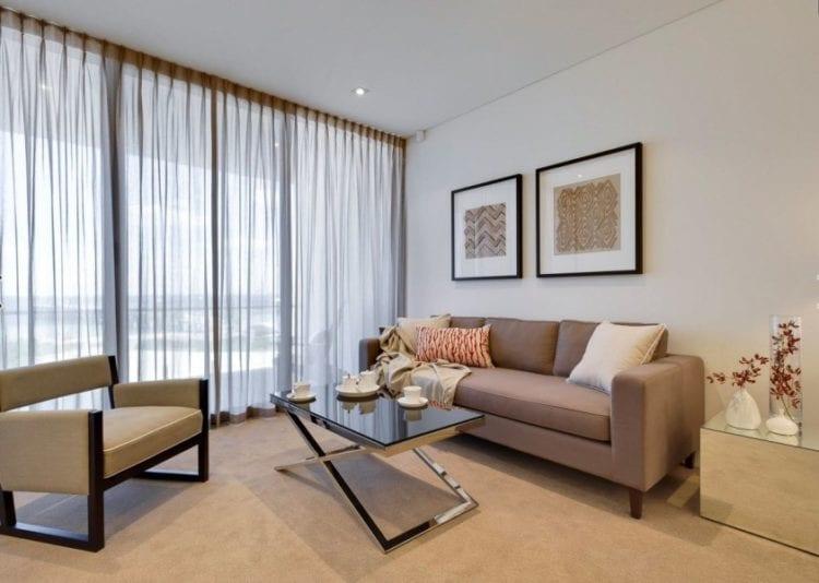 Тюль для гостиной в современном стиле