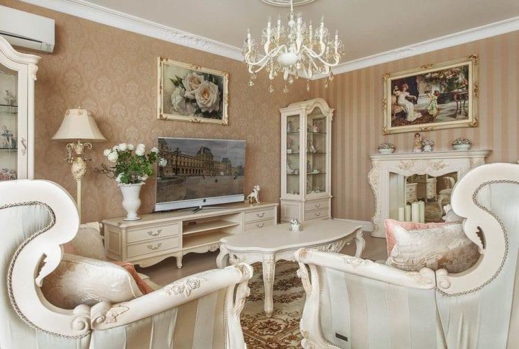 Потолки из гипсокартона в гостиной в классическом стиле