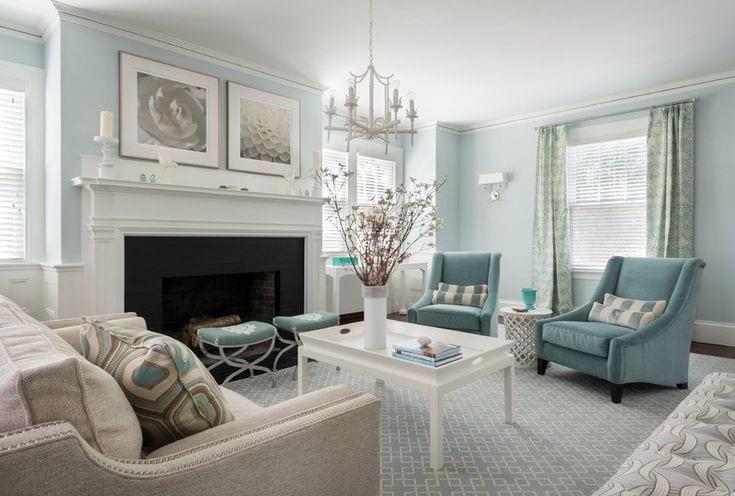Бело голубой интерьер гостиной