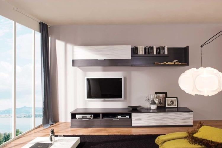 ТВ-стенка под телевизор в гостиной