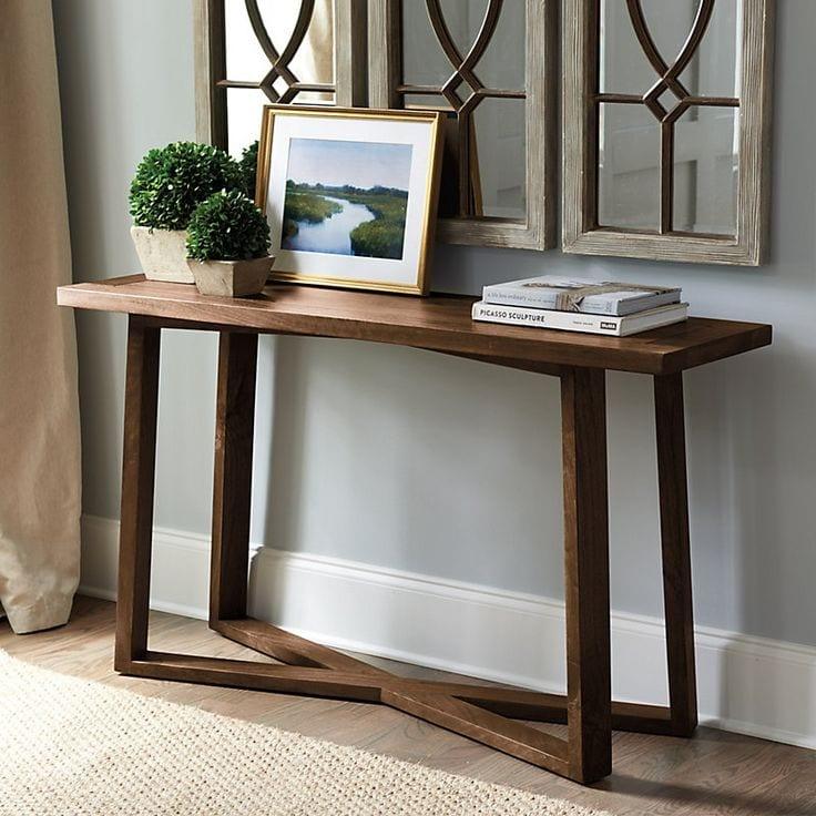 Консольный стол в скандинавском стиле