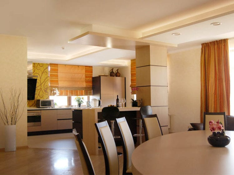 Планировка кухни-гостиной в частном доме