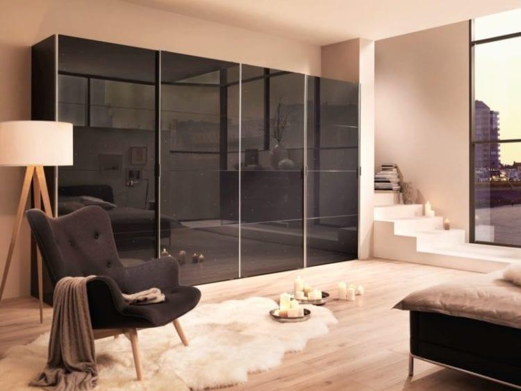 Дизайн оригинальных шкафов купе в гостиную