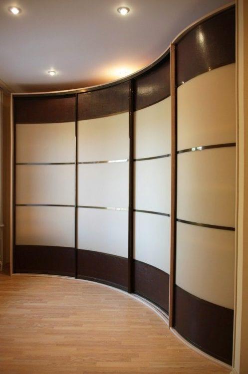 Шкаф купе радиусный в зал фото