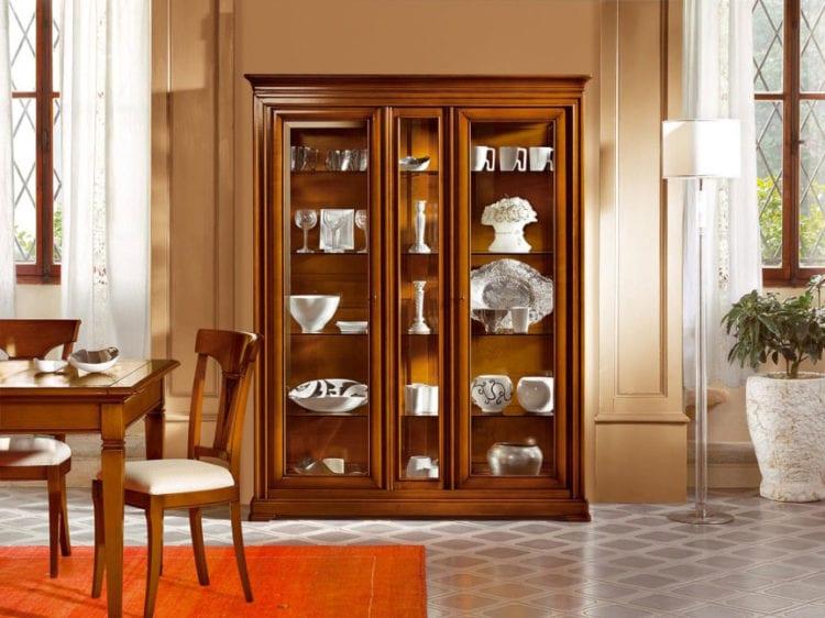 Шкаф для посуды в гостиную