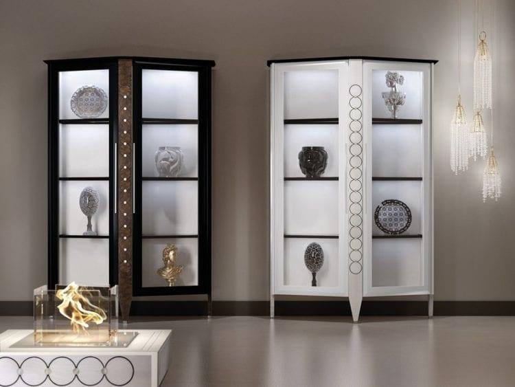 Современная витрина для посуды в гостиной