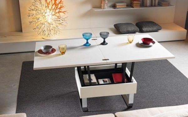 Журнальный стол трансформер в интерьере гостиной