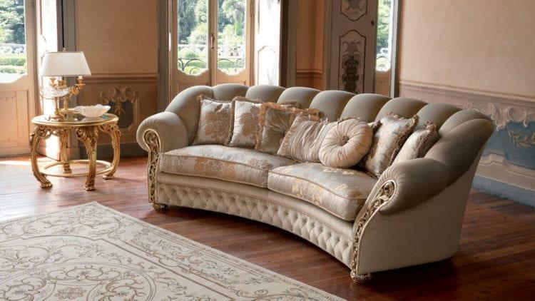 Роскошный классический диван