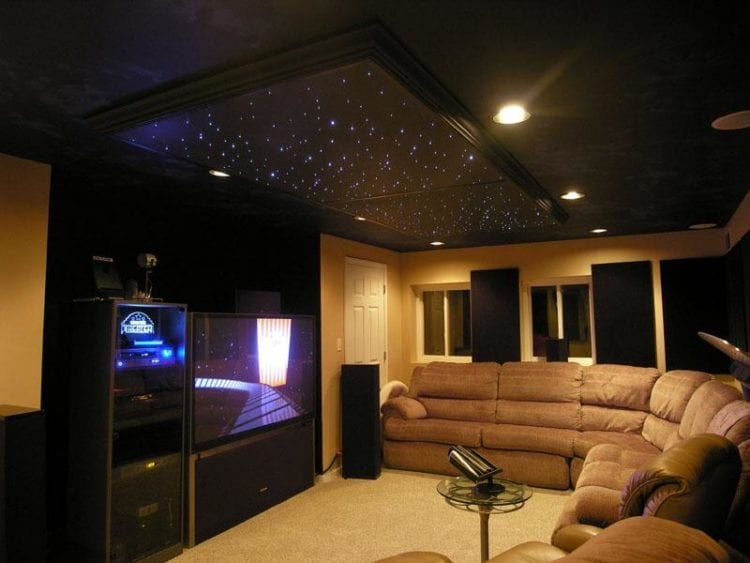 Черный потолок с подсветкой