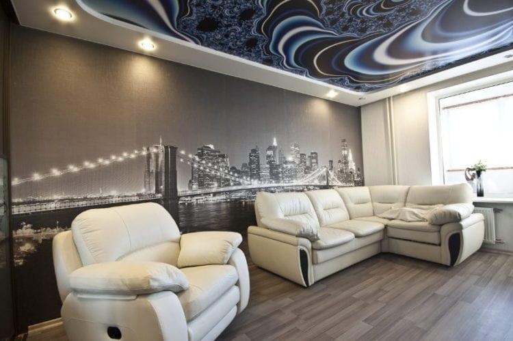 Красивый натяжной потолок в зале фото