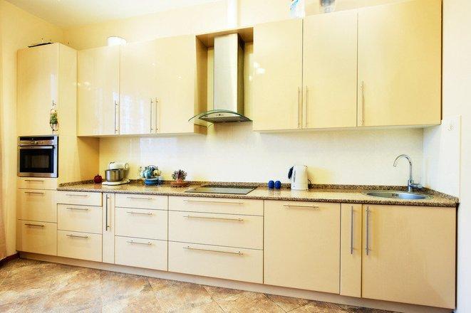 Кухни цвета ваниль глянец фото