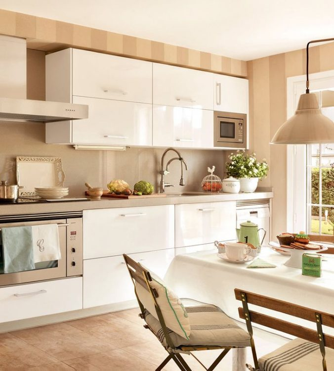 Кремовый кухонный гарнитур