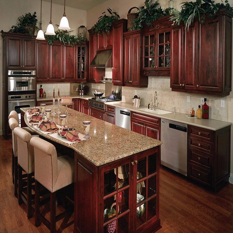 Классическая кухня красное дерево