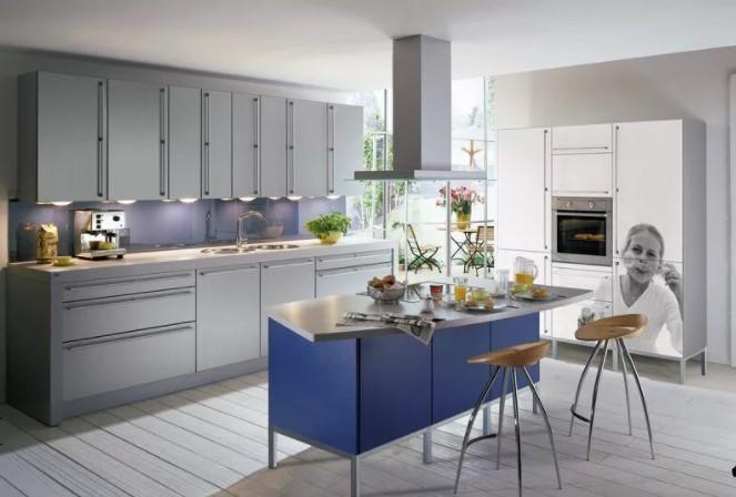 Кухня, выполненная в сине-серых тонах