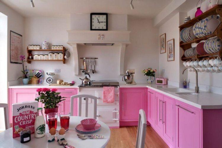 Кухни Прованс в розовом цвете
