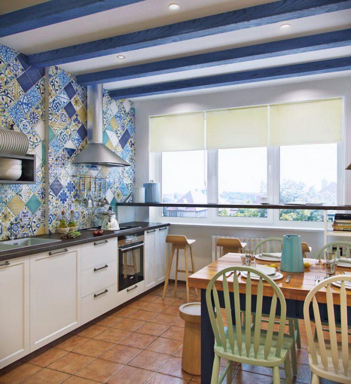 Кухня с синими балками на потолке