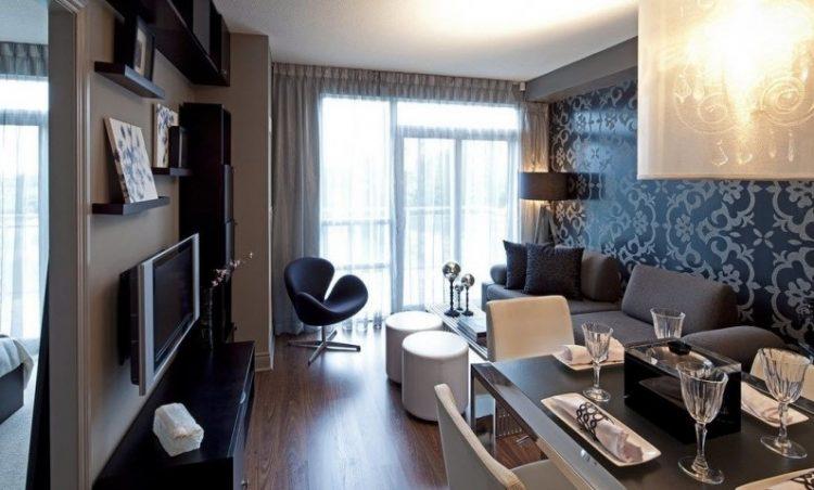 Зал в стиле контемпорари в небольшой квартире
